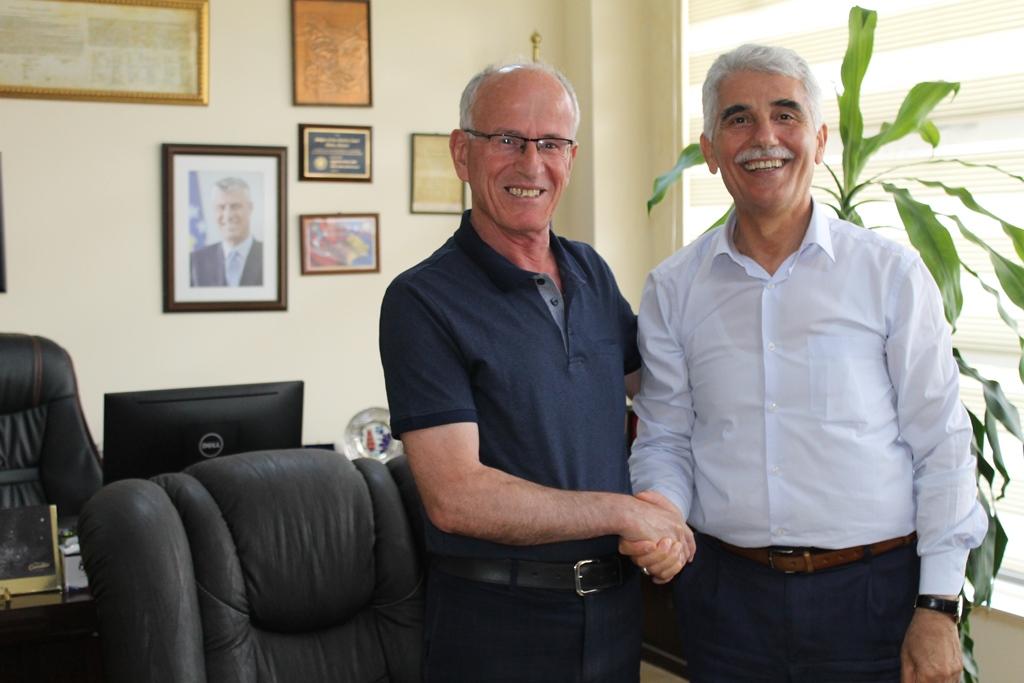 Kryetari Ramiz Azizi ka pritur në takim Recep Gunduz